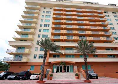 Spiaggia Condominiums for Sale and Rent